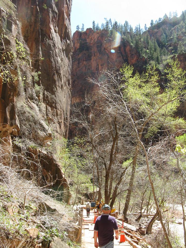 2011-04-19 Riverside 040
