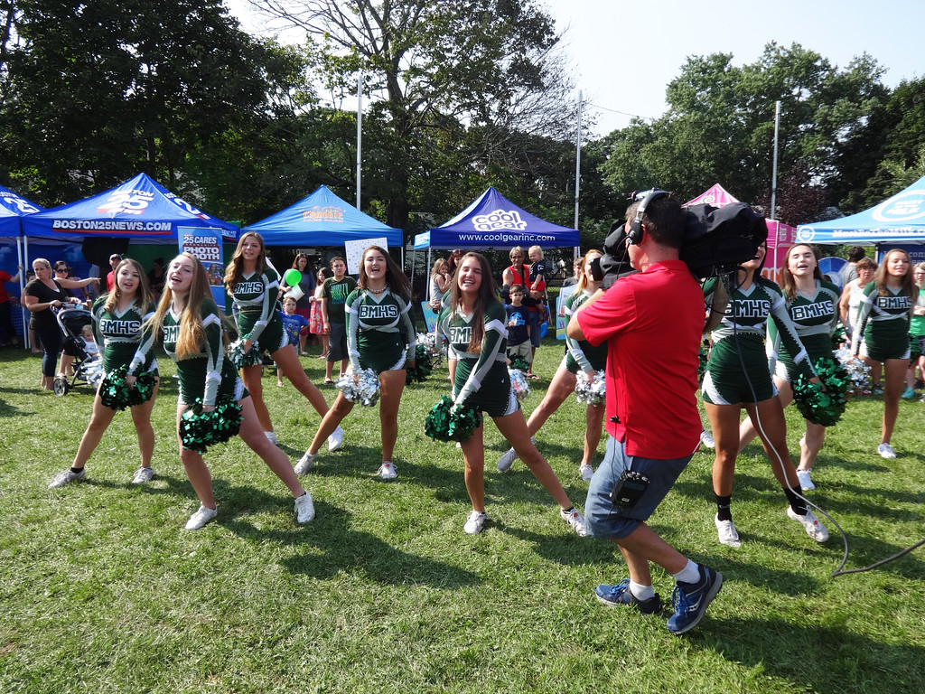 . The Billerica Memorial High School cheerleaders showed their hometown spirit. Photo by Mary Leach