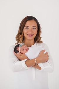 Zoe (Newborn)