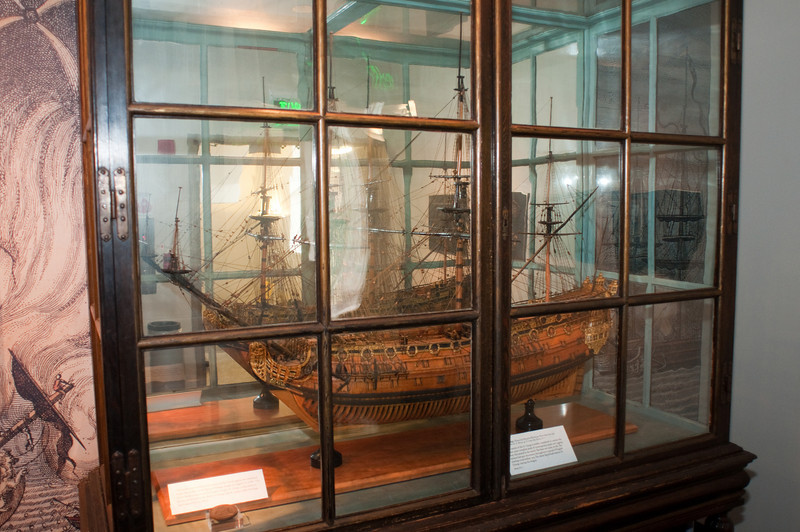 2009-10-03 - USNA Museum - 010 - 2nd Rate 90-Gun Ship of 1701 - St  George -_