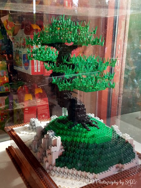 """April 8, 2017<br /> <br /> Bonsai Tree (Legos)<br /> <br /> """"MEMPHIS ZOO"""" 2017<br /> Elephant's Trunk Gift Shop<br />  2000 Prentiss Place<br />  Memphis, TN 38112 <br /> <br />  Official website is here: <br /> <br /> <a href=""""http://www.memphiszoo.org"""">http://www.memphiszoo.org</a>"""