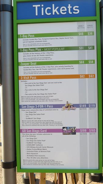 San Diego Zoo Jungle Bells - 12/26/2013