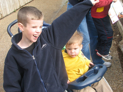 Tyler and Garrett got to go to the zoo with Hayden and Haylee during Spring Break.