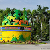 New entrance sign, after the zoo was renamed from Miami Metrozoo to Zoo Miami