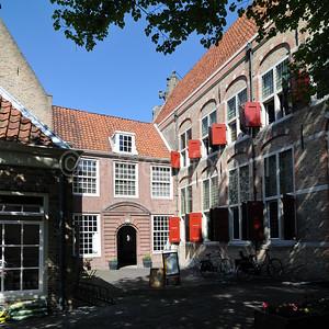Gouda - Wees- en Aalmoezeniershuis