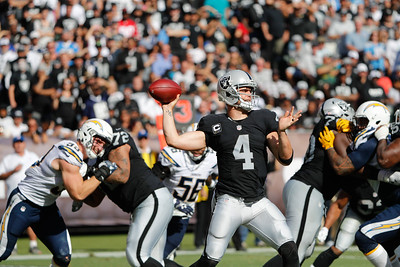 NFL 2016 - Oakland Raiders beat San Diego Charges 34-31