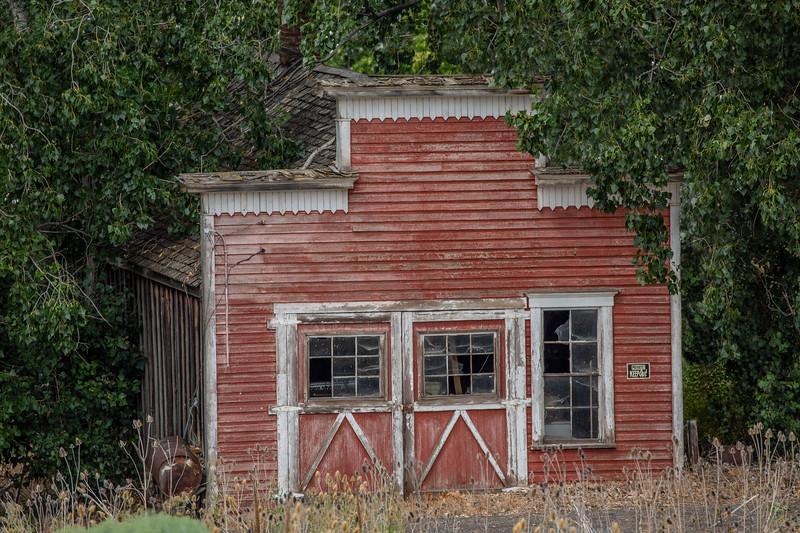 ~ Mayville Garage ~