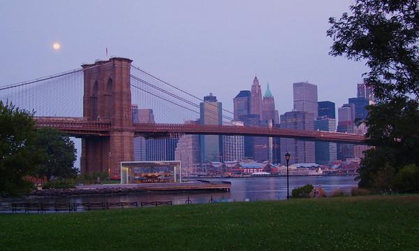 Brooklyn Bridge - Blue Moon