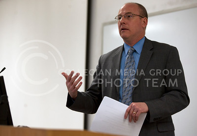 Johnson County district attorney Stephen Howe talks to students Tuesday morning about open meetings laws. The talk was held in Kedzie 004 at 9:30 a.m. and was followed by a question and answer period.   (Photo by Evert Nelson | Collegian)
