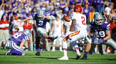 "(Photo by Parker Robb | Collegian)  Sophomore kicker Jack Cantele attempts a 51-yard field goal, which he missed, during the first quarter of the Wildcats' win over the Iowa State Cyclones Saturday afternoon in Bill Snyder Family Stadium. The Wildcats defeated the Cyclones 41-7 in their rivalry known as ""Farmageddon."""