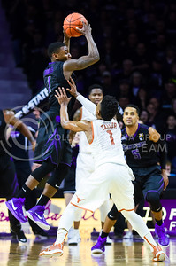 Sophomore guard Jevon Thomas intercepts a Texas pass for a turnover in the first half of the Wildcats' 57-61 shortcoming at the hands of the #25 Longhorns February 7, 2015, in Bramlage Coliseum. (Parker Robb | The Collegian)