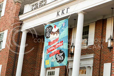 Kappa Kappa Gamma and Delta Sigman Phi hosted a Sundae Funday philanthropy event on April 3, 2016, at the Kappa Kappa Gamma house. The event benefitted Reading Is Fundamental. (Matthew Zajic | The Collegian)