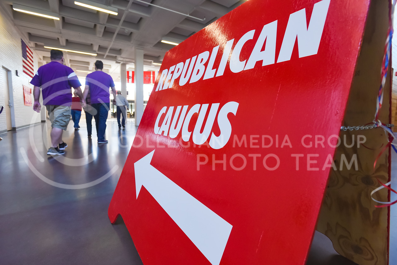 K-Staters and Manhattanites enter Manhattan High School to vote in the Republican Presidential Caucus Mar. 5, 2016. (Parker Robb   The Collegian)