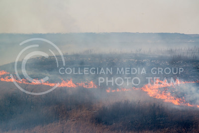 Fire burns away dried prairie grass in the Konza Prairie on March 9, 2016. (Photo by Evert Nelson)