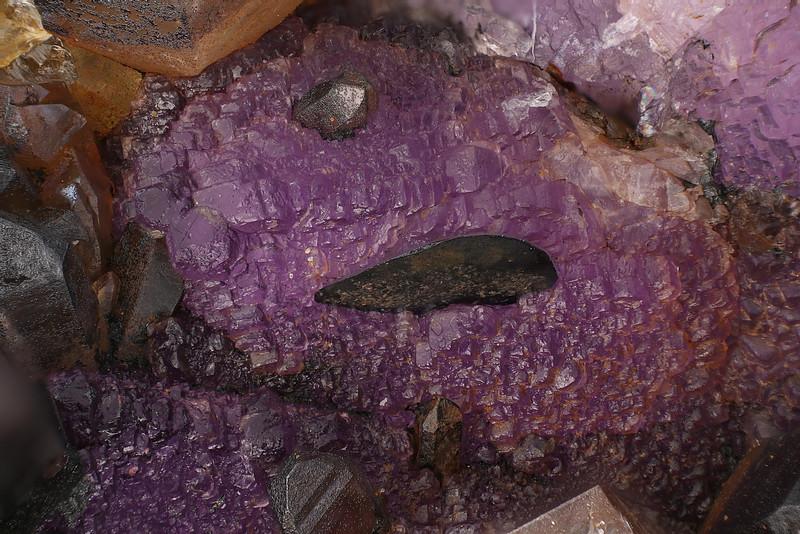 Hematite & fluorite from Gorilla mine (Mineral Mtn.)