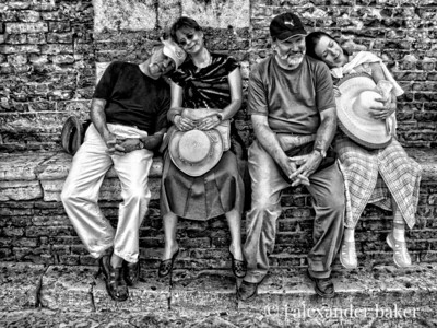 Tired Tourists, Siena