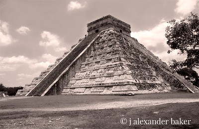 Great Pyramid, Chitzen - Itza