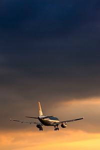 BMI A320 Heathrow 2009.