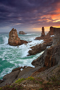 Furia de Gigantes, Costa quebrada, Cantabria