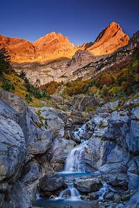 Pineta sunrise, Valle de Pineta, Huesca