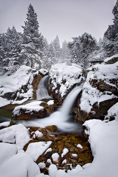 Cascadas de invierno, Valle de Gaube, P.N. de los Pirineos, Francia