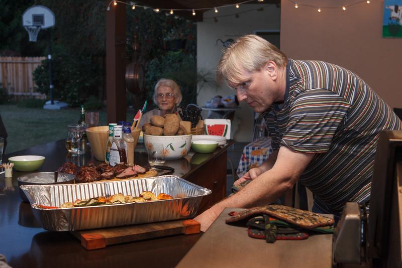 Edgar teeb süüa