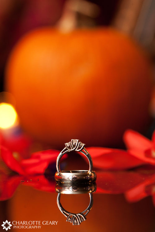 Wedding rings with pumpkin