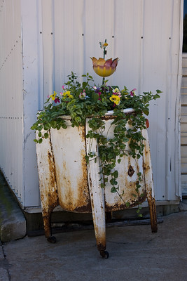 Wringer Washing Machine Planter, Monroe County, Wisconsin