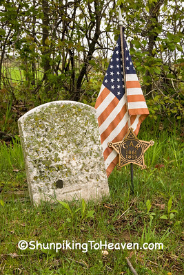 Gravestone of Civil War Veteran, Richland County, Wisconsin