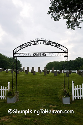 Anamosa State Penitentiary Cemetery, Jones County, Iowa