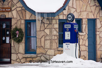 Pure-Pep Gas Pump, Davis and Barnard Filling Station, 1926, Spring Green, Wisconsin