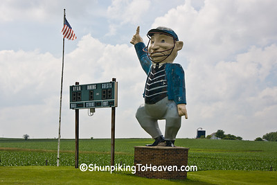 Umpire Statue, Delaware County, Iowa