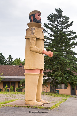 Pierre, the Pantsless Voyageur, Two Harbors, Minnesota