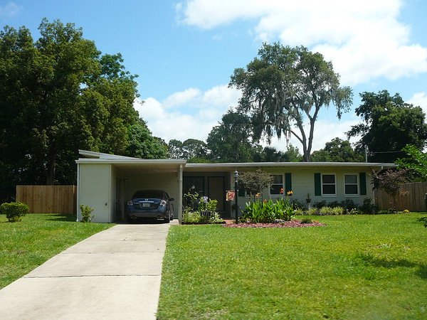 Suburban Neighborhoods: Grove Park