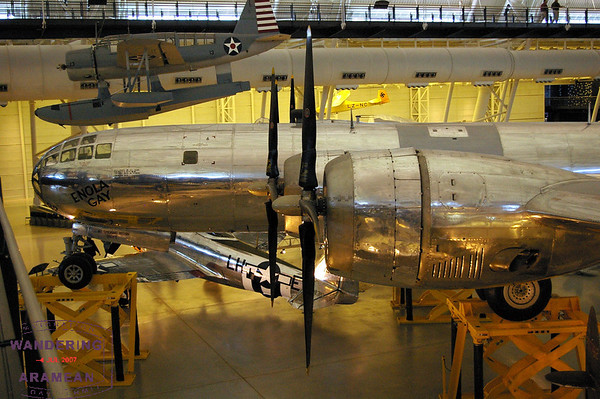 Touring the Udvar-Hazy Center