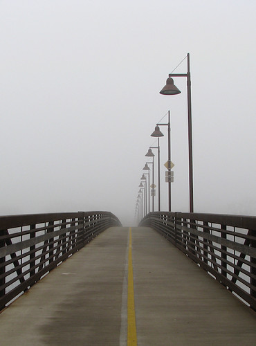 A footbridge over White Rock Lake on a foggy morning (20080126_01610)
