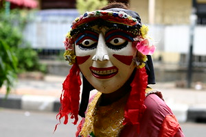 Masked person, Jalan Jaksa