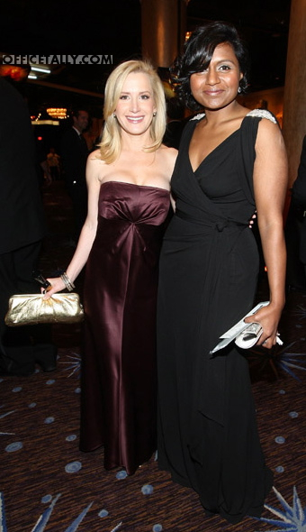 Angela Kinsey and Mindy Kaling Golden Globes