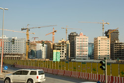 Lots and lots and lots of cranes in Dubai