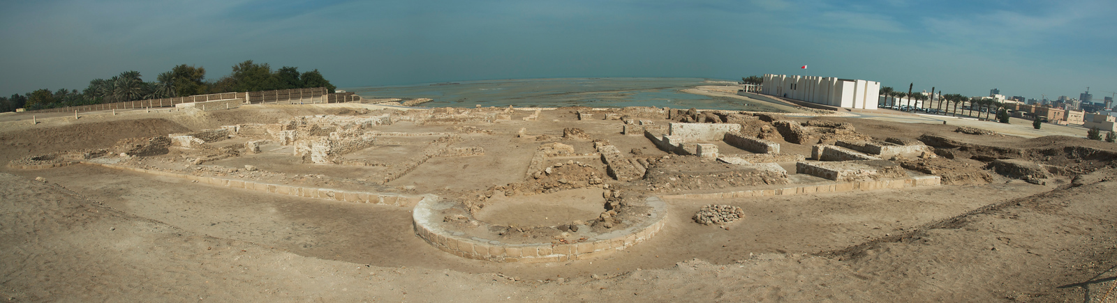 Qal'at al-Bahrain: Ancient Harbour and Capital of Dilmun - UNESCO World Heritage Site