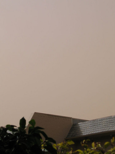 A major dust storm blowing in turned the sky a ruddy color (170_7085)