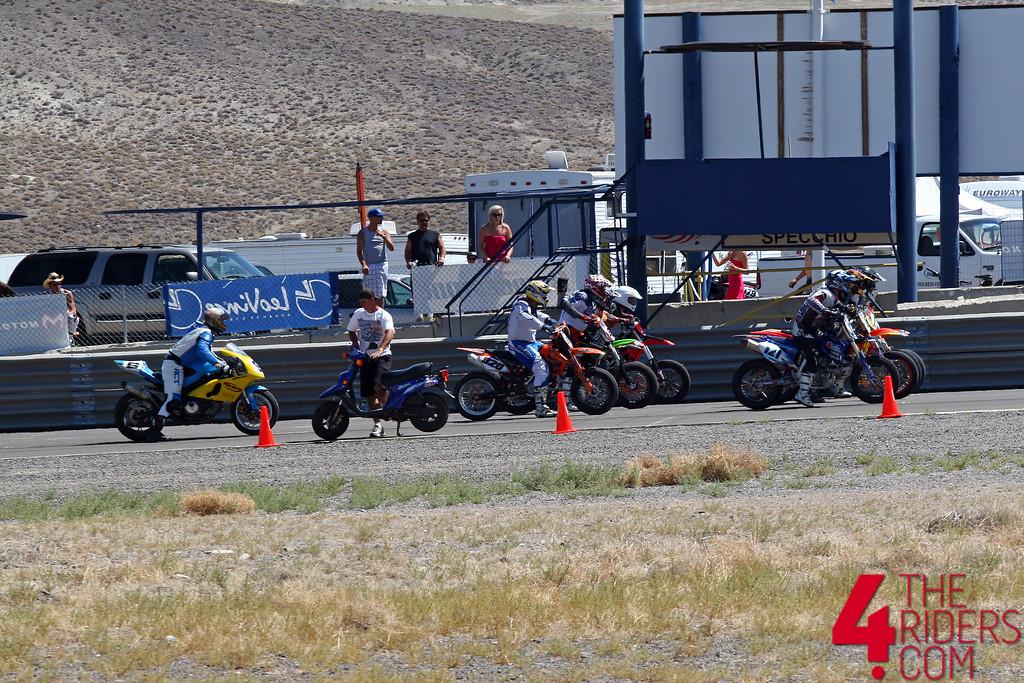 SV 650 Rider Club. Suzuki 650 sv, carbu et injection  - Page 4 635375164_bqCua-XL