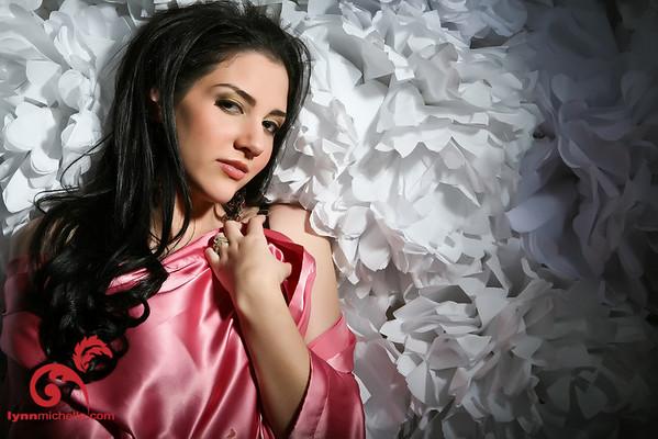 pink boudoir portraits