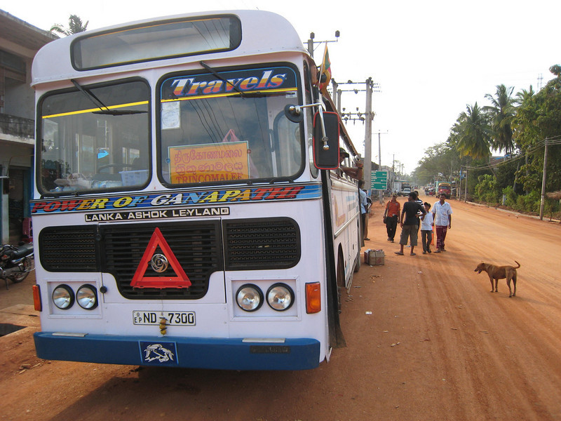 Bus to Trincomalee