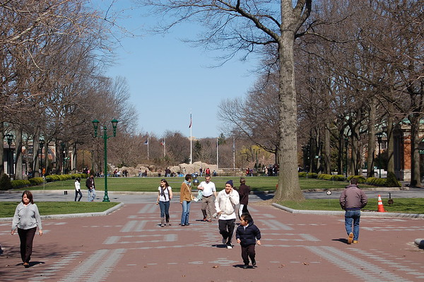 Crowded Public Park Parks in Crowded Cities by