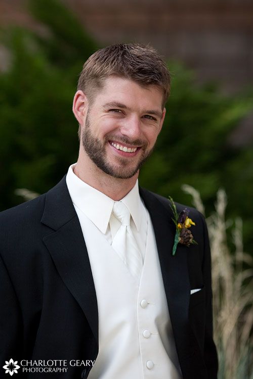 Groom in white tie and vest