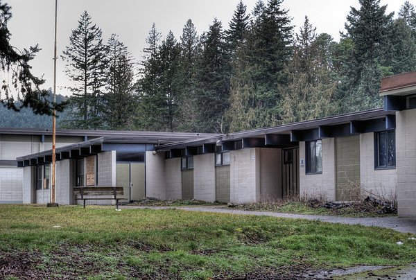 Glen Lake Elementary School