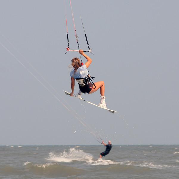 Kiteboarding_3.jpg