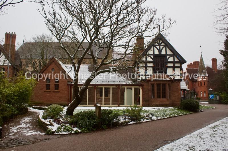 The Lodge: Grosvenor Park: Grosvenor Park
