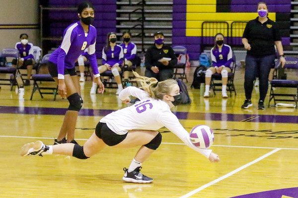Frosh Volleyball v Robinson 3/2/21